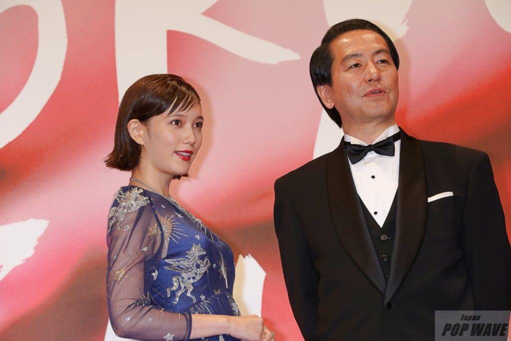本田翼がブルーのシースルードレスで魅了【第30回東京国際映画祭】