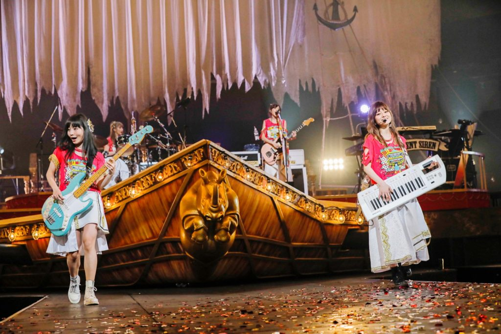 "SILENT SIREN メジャーデビュー5周年の記念すべき日に 日本武道館公演 ""奇跡""を起こした夜!!"