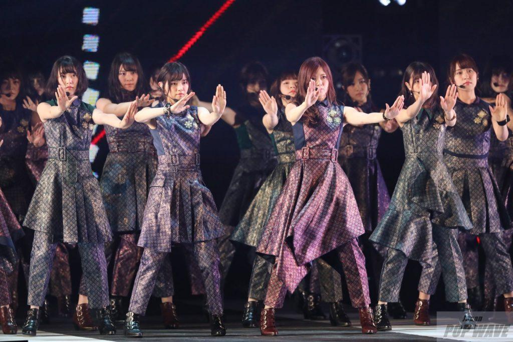 乃木坂46 全4曲ノンストップライブで31,000人の観客沸かす 【GirlsAward 2017 S/S】