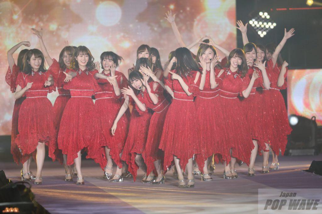 乃木坂46、元気溢れるライブでガルアワ開幕【GirlsAward 2018 A/W】