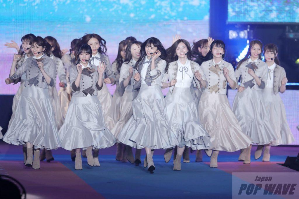 乃木坂46が堂々のパフォーマンスで新曲『Sing Out !』を初披露【GirlsAward 2019 S/S】