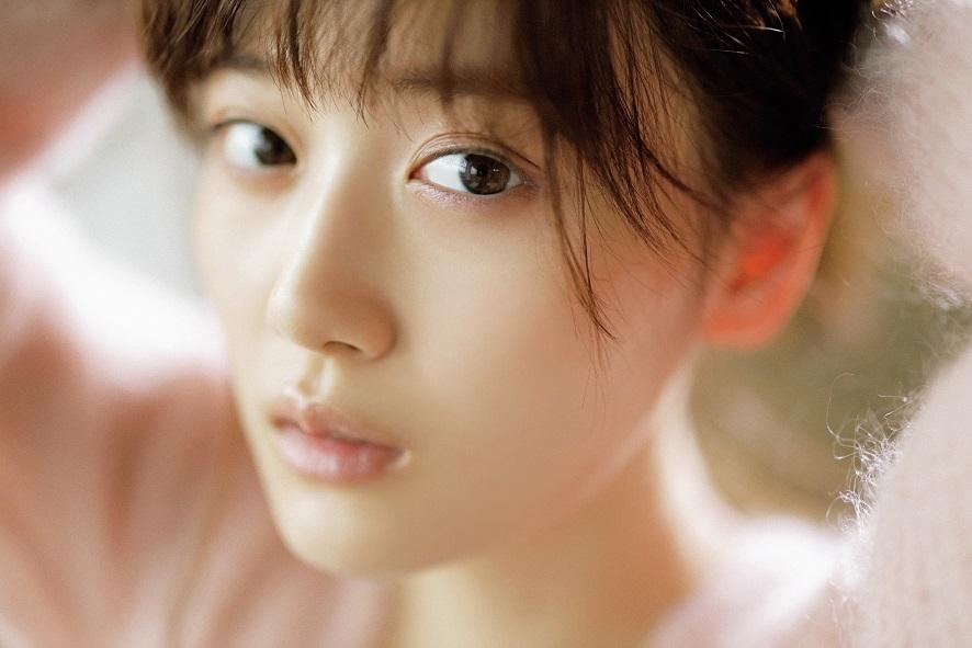【ビジュアル解禁!!】CanCam 見るたびに進化を続ける20歳、乃木坂46 山下美月の魅力に迫る