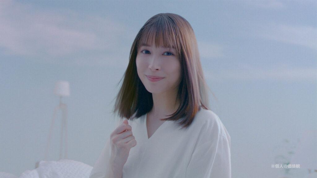 広瀬アリス「髪のキメ美容」シリーズ「Essential THE BEAUTY」の新CM