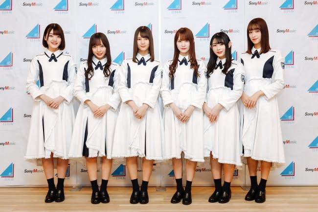 けやき坂46が日向坂46へ改名。3月27日に待望のシングルデビューで新たなスタートを切る